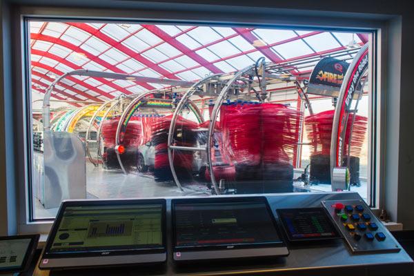 automated car wash installation